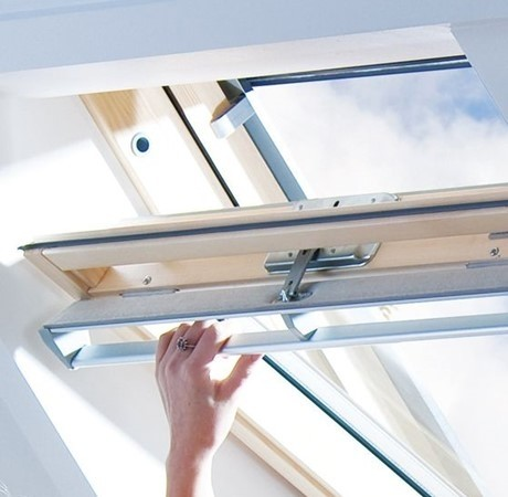Keylite Clear Lacquered Pine Centre Pivot Roof Window - Hi-Therm Glazing - TCP HT